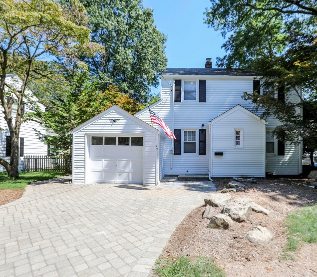 19 Pine St, Closter--#1, Lovely Home!